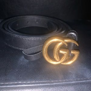 Gucci Thin Leather Belt with Double G Buckle